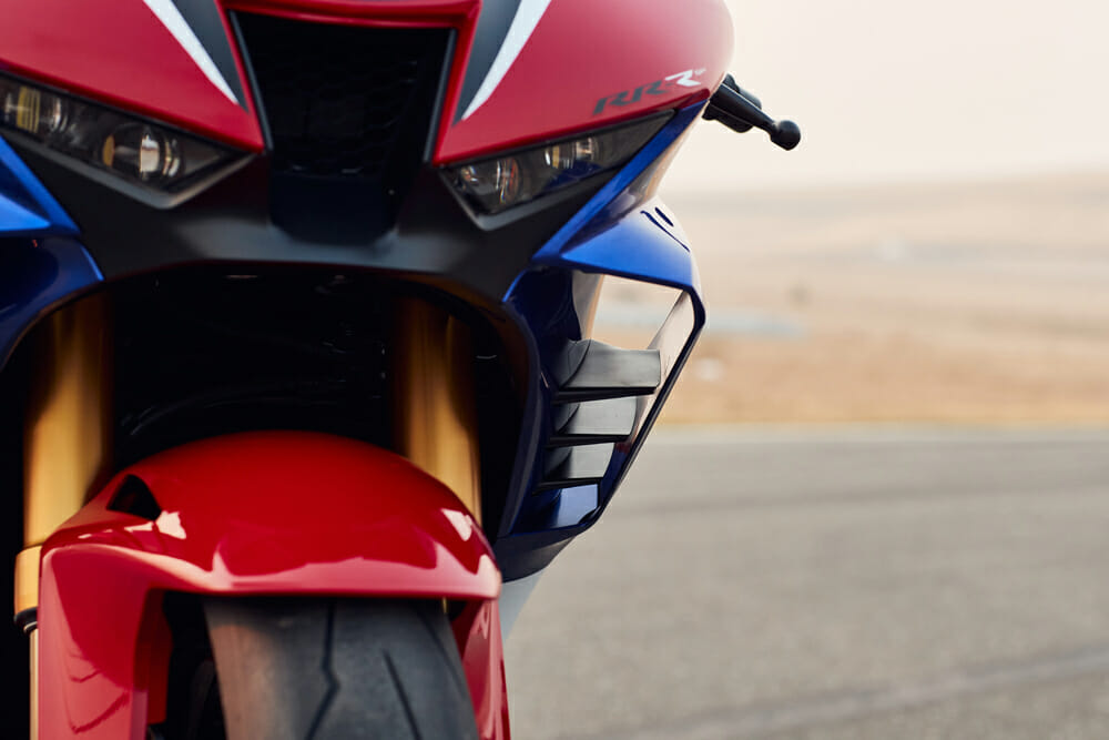 2021 Honda CBR1000RR-R Fireblade SP wings