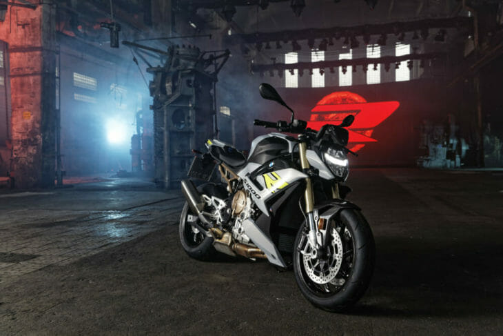 2021 BMW S 1000 R First Look 6