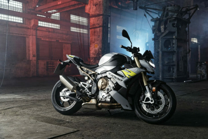 2021 BMW S 1000 R First Look 5