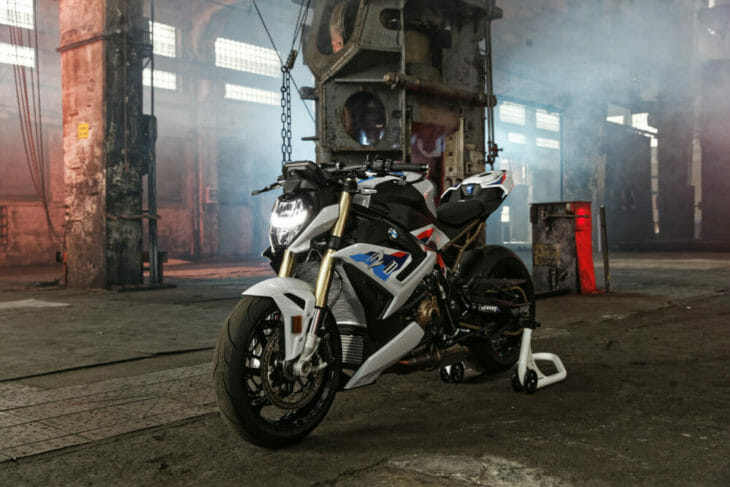 2021 BMW S 1000 R First Look 3