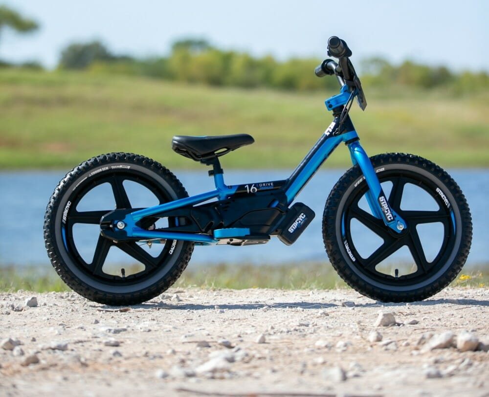 StaCyc 16eDrive Team Edition Cyan E-Bike
