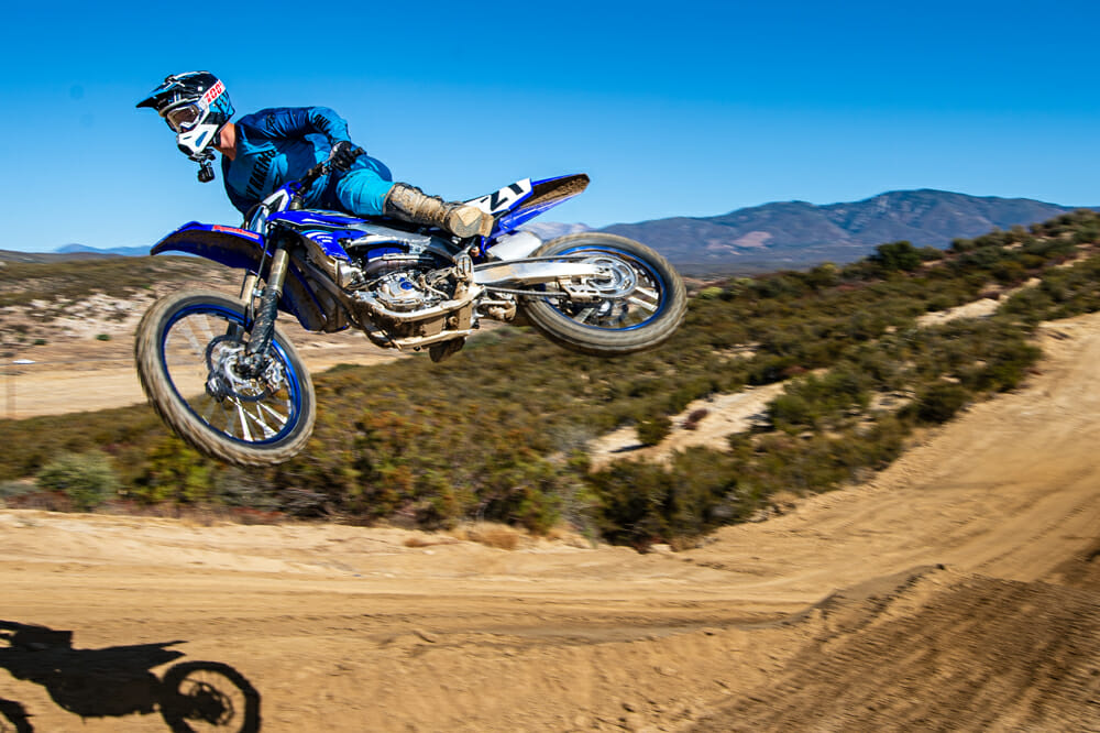 2021 Yamaha YZ450F jumping