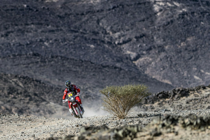 Ricky Brabec 2021 Dakar stage 4 action