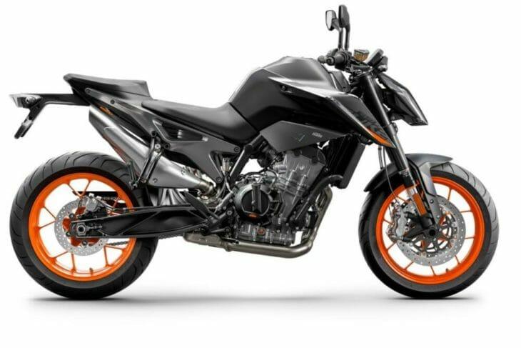 2021 KTM 890 Duke First Look