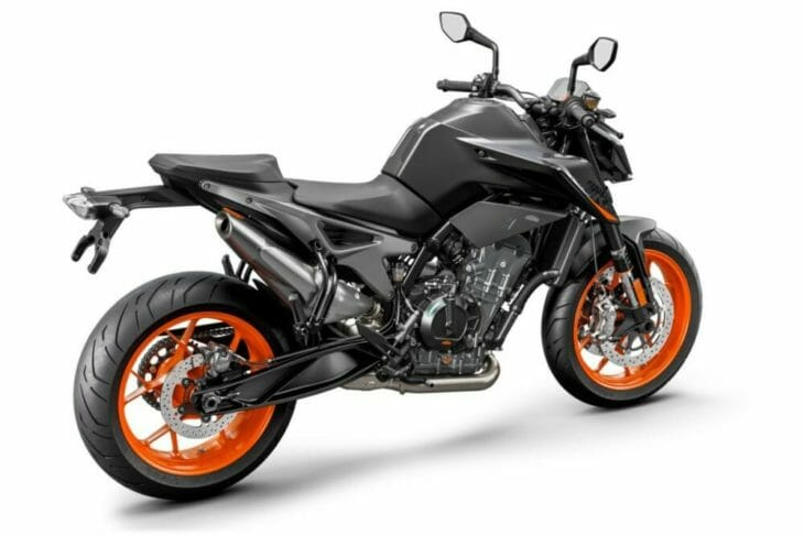 2021 KTM 890 Duke First Look black