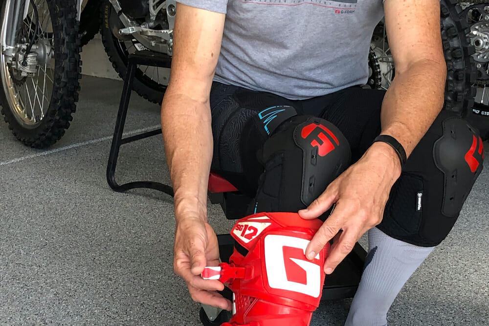 G-Form E-Line knee guards