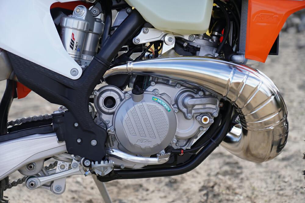 2021 KTM 300 XC TPI engine