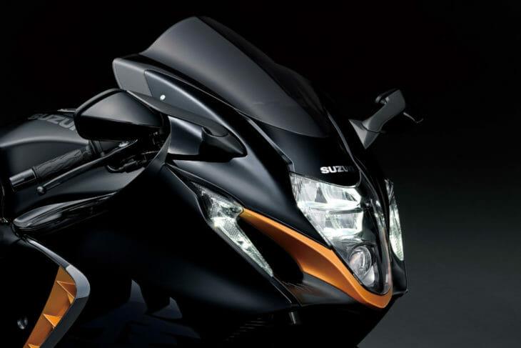 2022 Suzuki Hayabusa First Look light