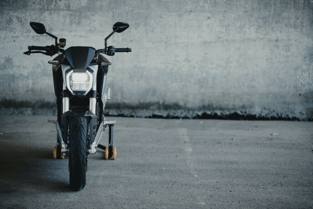 Zero Motorcycles Limited-Edition Quickstrike Package